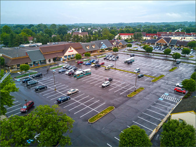 Lower Makefield Shopping Center