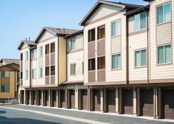 Estate at Woodmen Ridge: