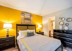 Laurel Oaks Apartments: